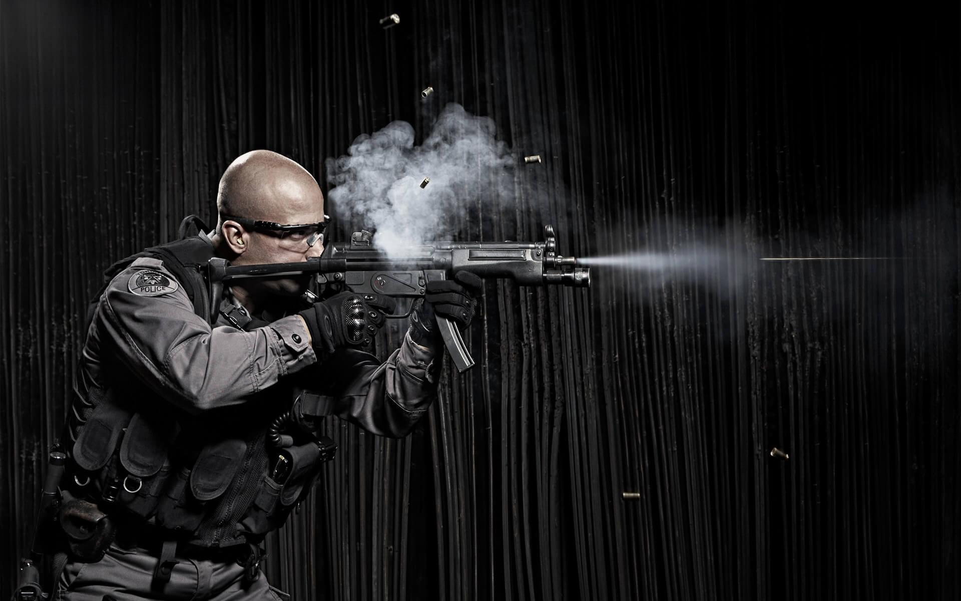 Unified Content, Unified Content Toronto, Aaron Cobb, Swat, Swat Team, Action shot, dramatic photography, dramatic portrait, action portrait, photography, combat, soldiers, portrait